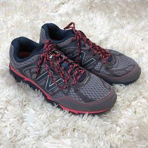 New Balance Women Running Shoes Leadville V3
